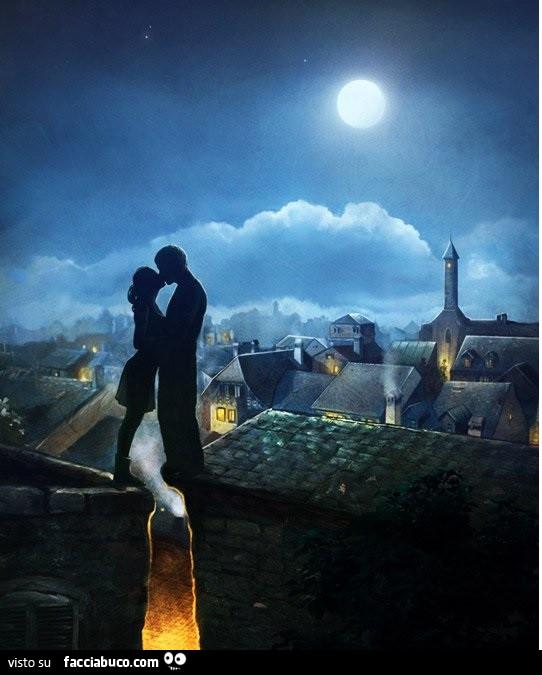 Bacio sui tetti sotto la luna - Facciabuco.com